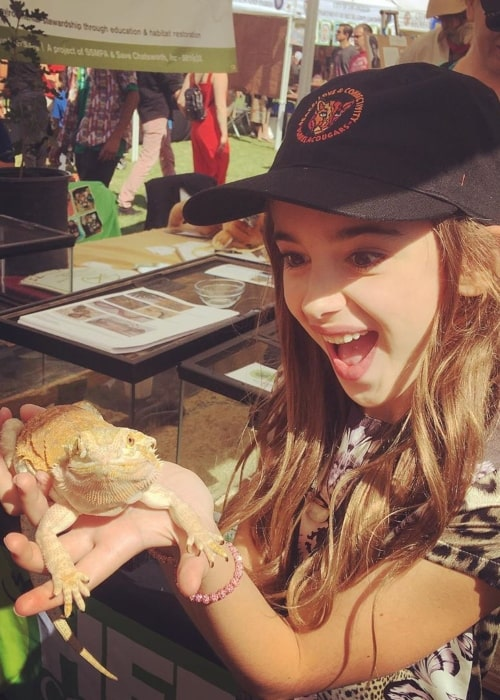 Julia Butters as seen in a picture taken while she held a lizard during the wildlife celebration event in Griffith Park in Los Angeles in October 2019