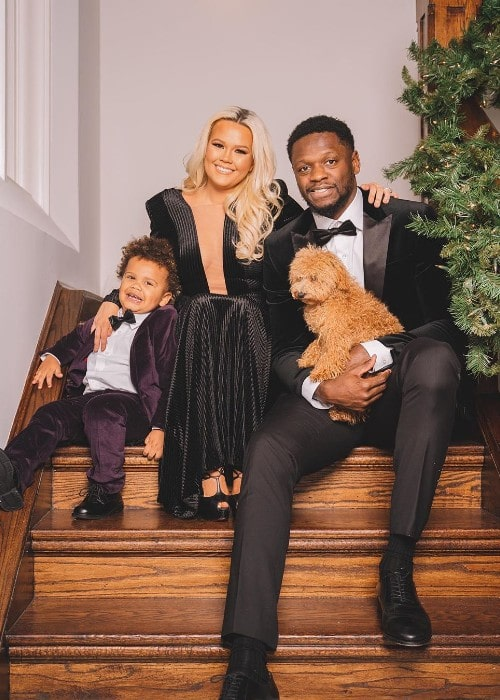 Julius Randle with his family as seen in December 2019