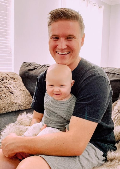 Justin Swannie with his daughter Emma, as seen in January 2019