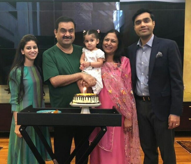 Karan Adani (Corner Right) as seen while posing for a picture alongside his family