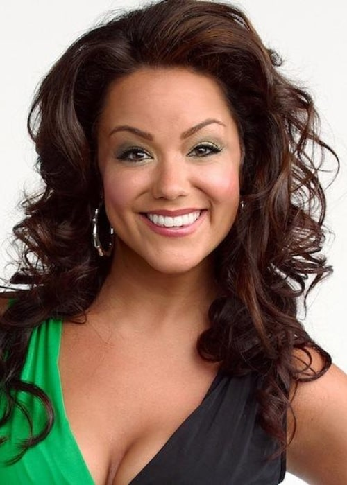 Katy Mixon pictured as Victoria Flynn for the CBS show 'Mike & Molly' in 2010
