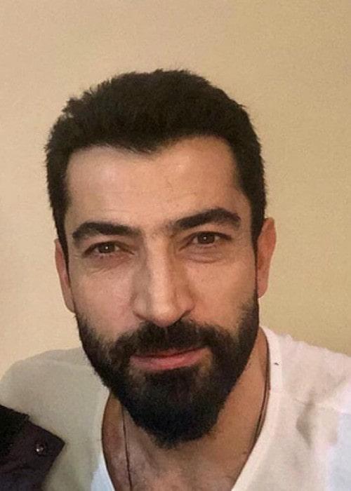 Kenan İmirzalıoğlu in a selfie as seen in May 2018