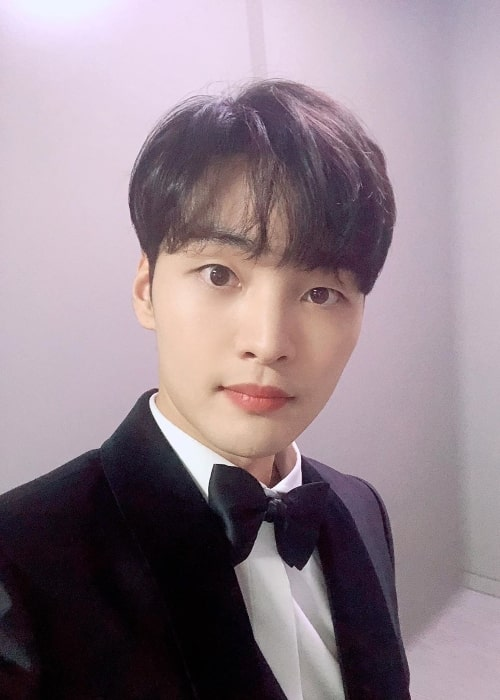 Kim Min-jae as seen while taking a selfie in December 2019