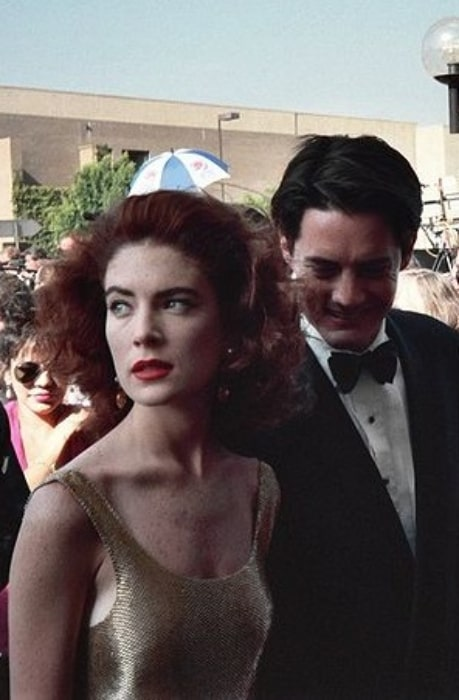 Lara Flynn Boyle and Kyle MacLachlan pictured while arriving at the 1991 Emmy Awards