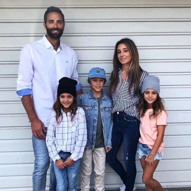 Leah seen with her family in November 2018