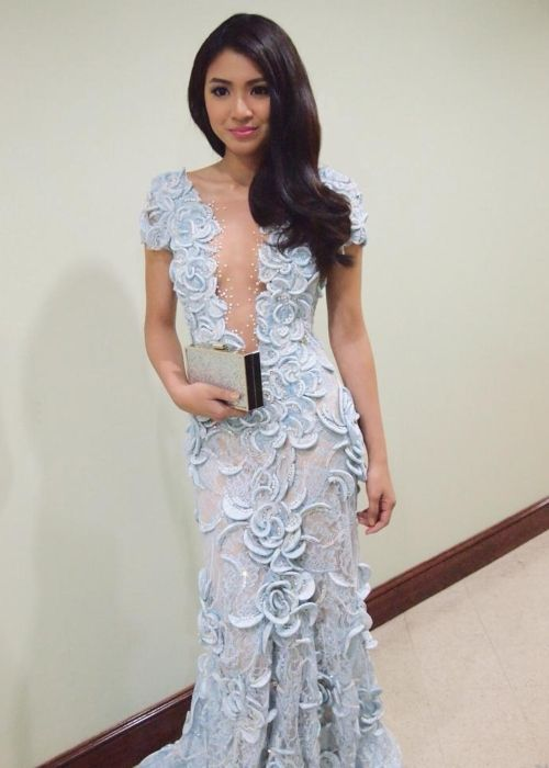Nadine Lustre seen before attending the Metro Manila Film Festival in 2014