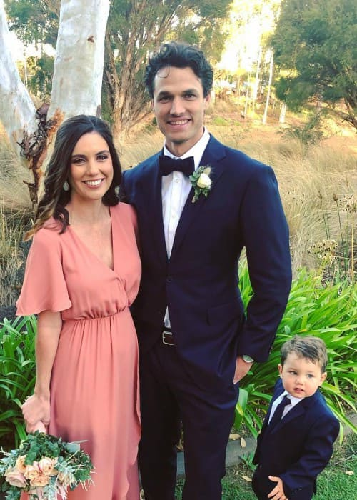 Nathan Coulter-Nile with his family as seen in April 2019