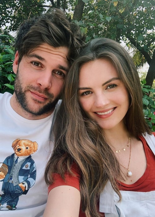 Niomi Smart and Joe Woodward, as seen in an Instagram Post in February 2020