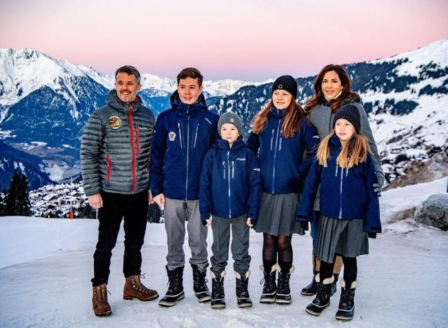 Princess Isabella (4th from left) seen vacationing with her family in the Swiss Alps in January 2020