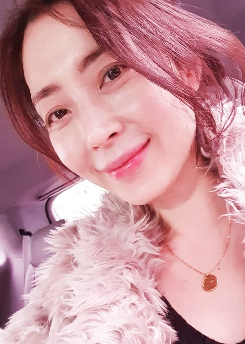Song Yoon-ah as seen while smiling in a selfie in January 2020