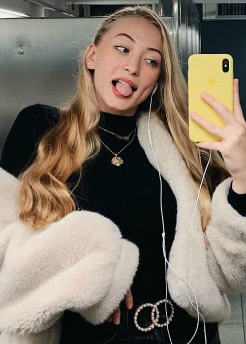 Sophia Diamond in a selfie in October 2019