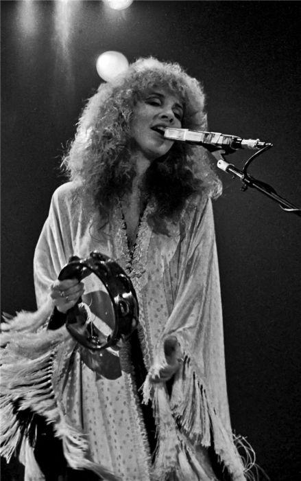 Stevie Nicks onstage at a concert in Zurich in 1980