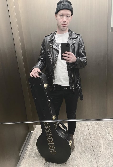 Tom Thacker as seen while taking a mirror selfie in Altstadt, Düsseldorf, Germany in January 2020