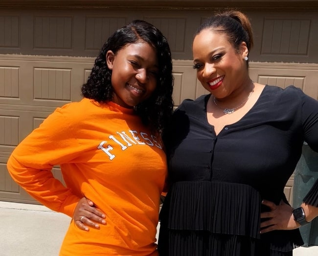 Airionna Lynch (Left) as seen while posing for a picture along with Kierra Sheard in May 2019