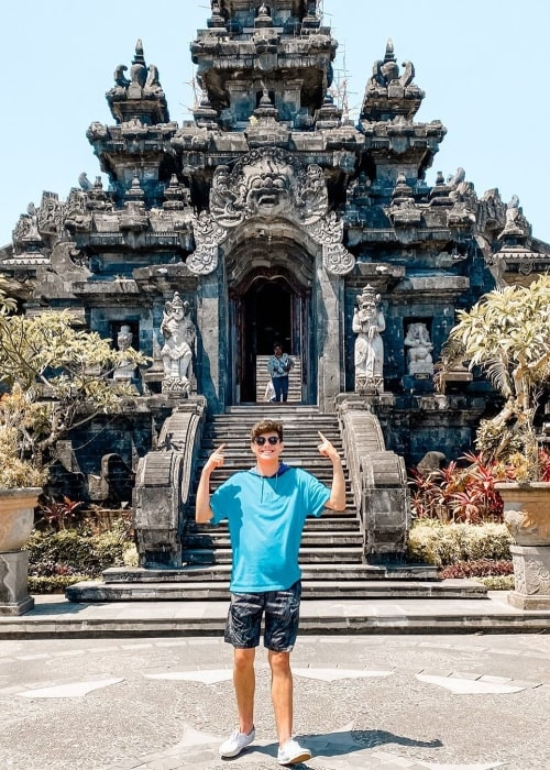 Alex Ojeda posing for a picture in Denpasar, Bali, Indonesia in November 2019
