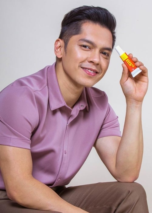 Carlo Aquino as seen in a picture taken while showcasing a product from BEAUTéDERM in February 2020