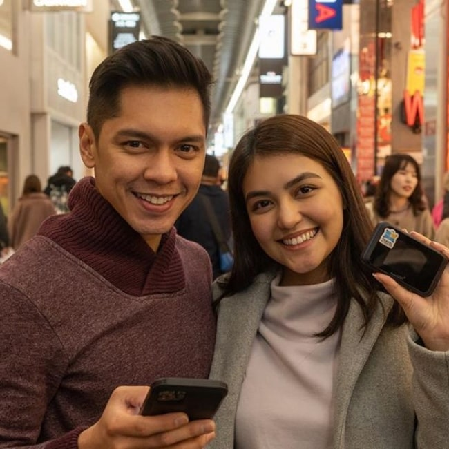 Carlo Aquino as seen in a picture taken with his beau, TV personality Trina Candaza in January 2020