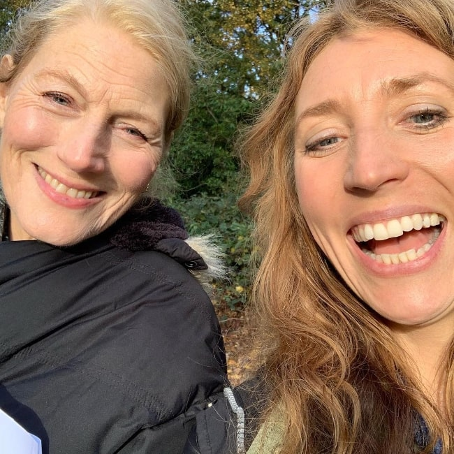 Daisy Haggard (Right) taking a selfie with her friend in May 2019