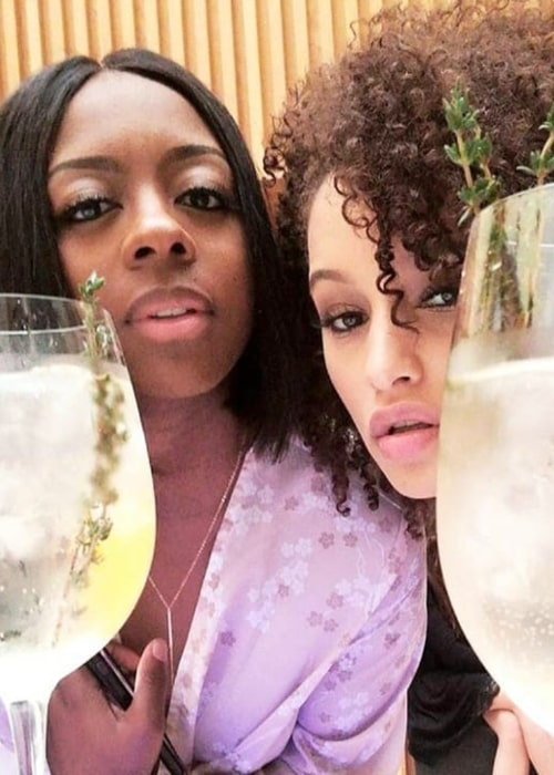 Elarica Johnson as seen in a picture taken with her friend, actress, voiceactor, and writer Toniche Wallace in February 2018