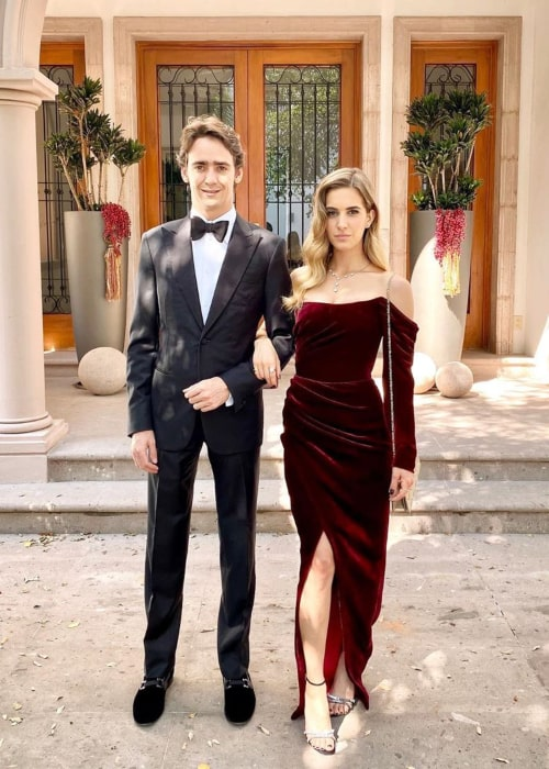 Esteban Gutiérrez and Mónica Casán, at Esteban's brother Andrés Gutiérrez's wedding in October 2019