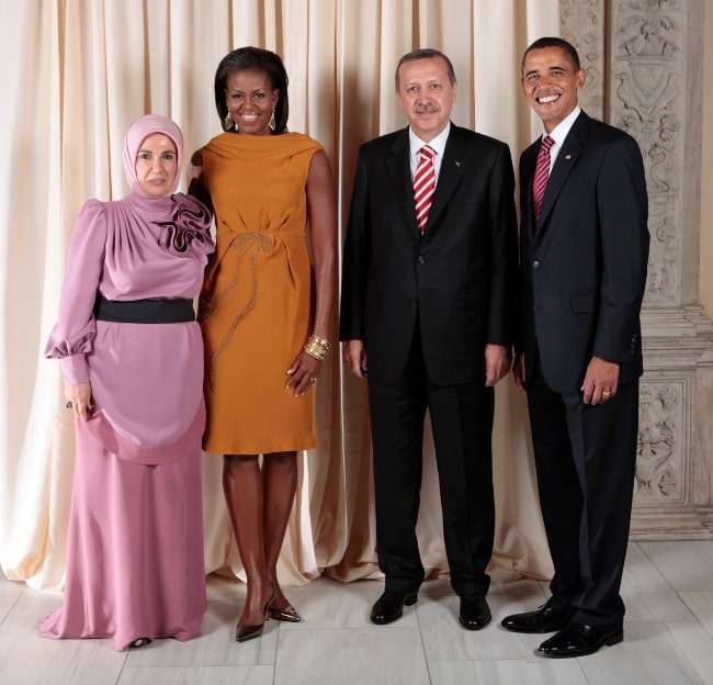 From Left to Right - Emine Erdoğan, Michelle Obama, Recep Tayyip Erdogan, and Barack Obama posing for a photo during a reception at the Metropolitan Museum in New York, United States in September 2009