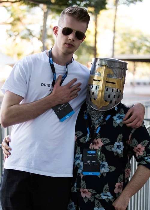 GoodGuyFitz as seen in a picture taken with his close friend, YouTuber SwaggerSouls in June 2018
