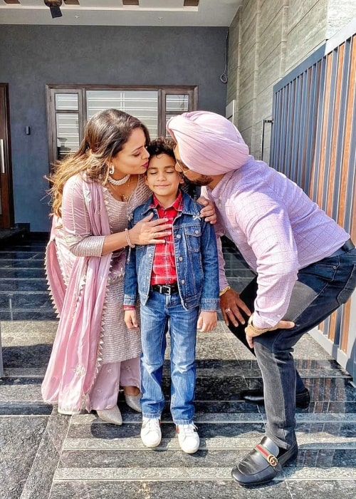 Gurlej Akhtar as seen in a picture taken with her son Daanveer Singh and husband Kulwinder Singh in February 2020