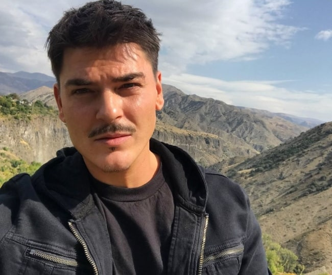 Mario Dedivanovic as seen while taking a selfie in January 2020