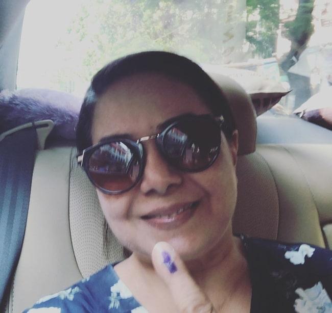 Neelu Vaghela in April 2019 urging everyone to vote