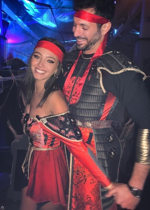 Reef Neeman as seen in a picture taken with her beau Kfir Sheinfeld while sporting a complete Pirate outfit in March 2020