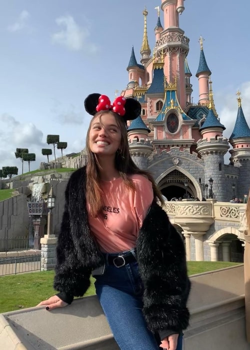 Reef Neeman as seen in a picture that was taken during her trip to Disneyland Paris in March 2019