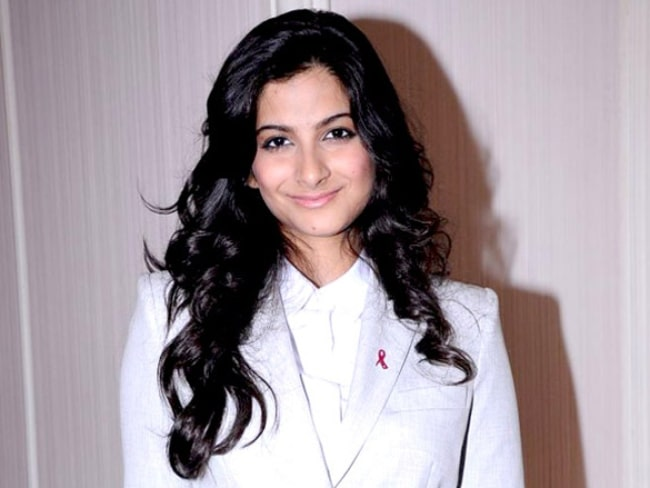 Rhea Kapoor at the Elle Breast Cancer Carnival in May 2012