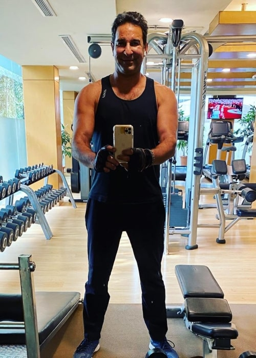 Wasim Akram as seen in a selfie taken while he was in the gym in February 2020