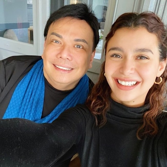 Yassi Pressman as seen while taking a selfie with Deo Endrinal in November 2019