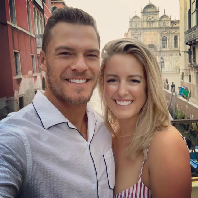 Alan Ritchson and Catherine Ritchson in a selfie in October 2019