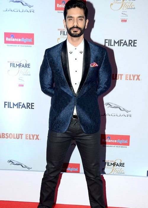 Angad Bedi at Filmfare Glamour & Style Awards in 2016