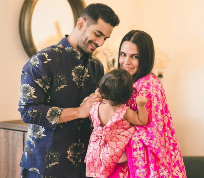 Angad Bedi with his family as seen in November 2019