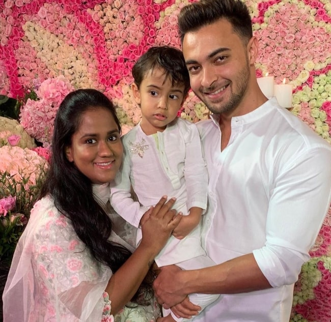 Arpita Khan and her family wishing everyone a Happy Diwali in October 2019