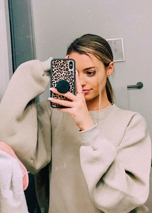 Ayzria in a selfie as seen in November 2019