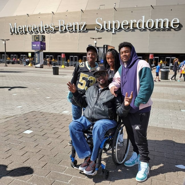Daryl Mitchell as seen in a picture taken with his children in front of the Mercedes-Benz Superdome in October 2019