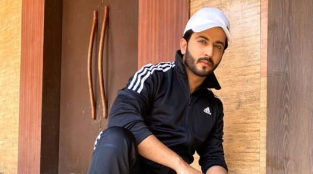 Dheeraj Dhoopar Height, Weight, Age, Body Statistics
