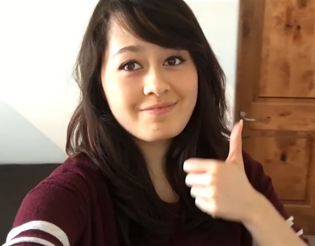 The 23-year old daughter of father (?) and mother(?) Jaiden Animations in 2021 photo. Jaiden Animations earned a  million dollar salary - leaving the net worth at  million in 2021