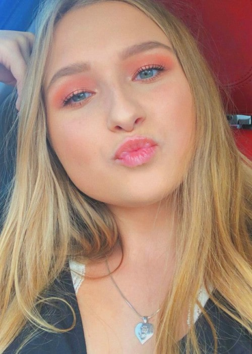 Jenna Arend in an Instagram selfie as seen in September 2019