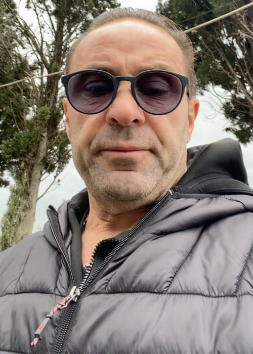 Joe Giudice in a selfie in April 2020