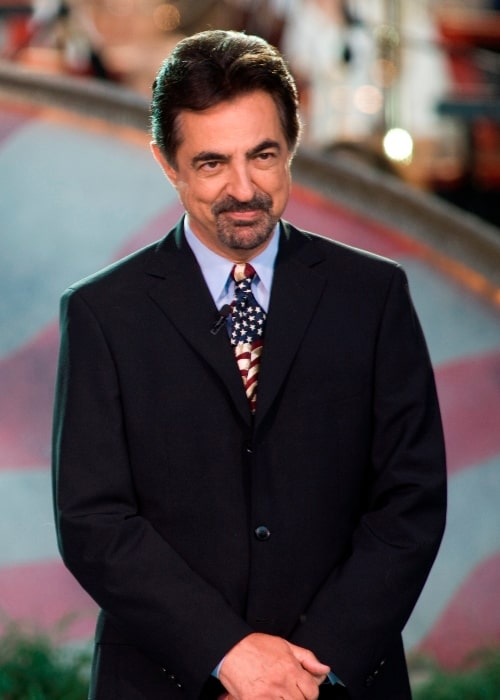 Joe Mantegna pictured while addressing the audience during the National Memorial Day Concert in Washington, D.C. on May 24, 2009