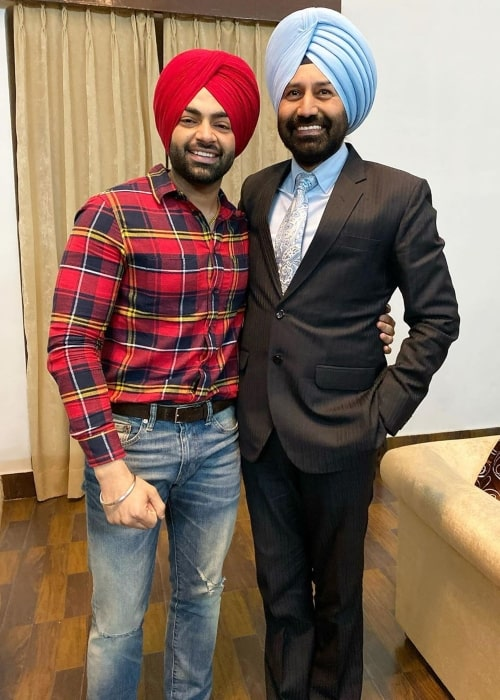 Jordan Sandhu as seen in a picture taken with the Commissioner Police Amritsar Dr. Sukhchain Singh Gill in January 2020