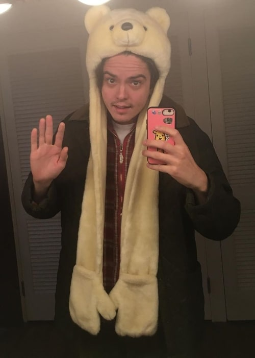Miles Robbins as seen while taking a mirror selfie in November 2019