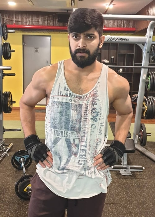 Naga Shaurya posing for a picture while working out in December 2018