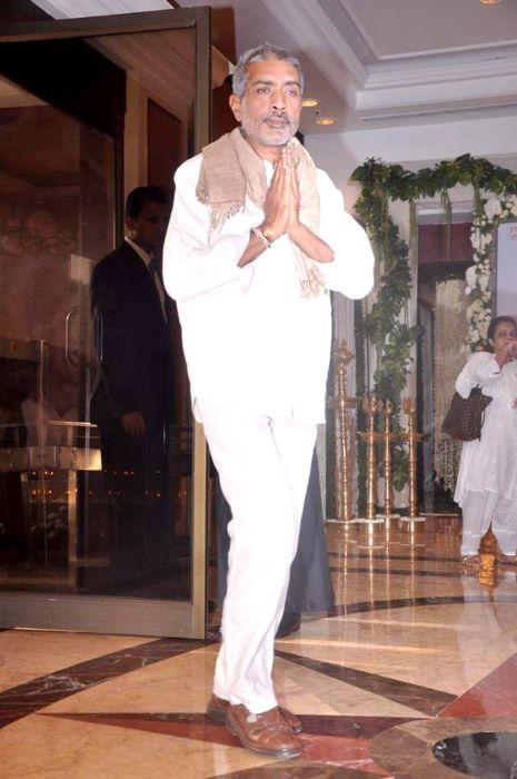 Prakash Jha at Late Rajesh Khanna's prayer meet in 2012