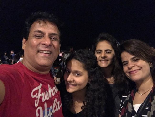 Rajendra Chawla with his family in 2017